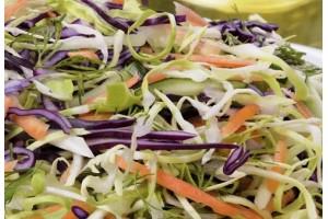 Salade de carottes, choux, sésame